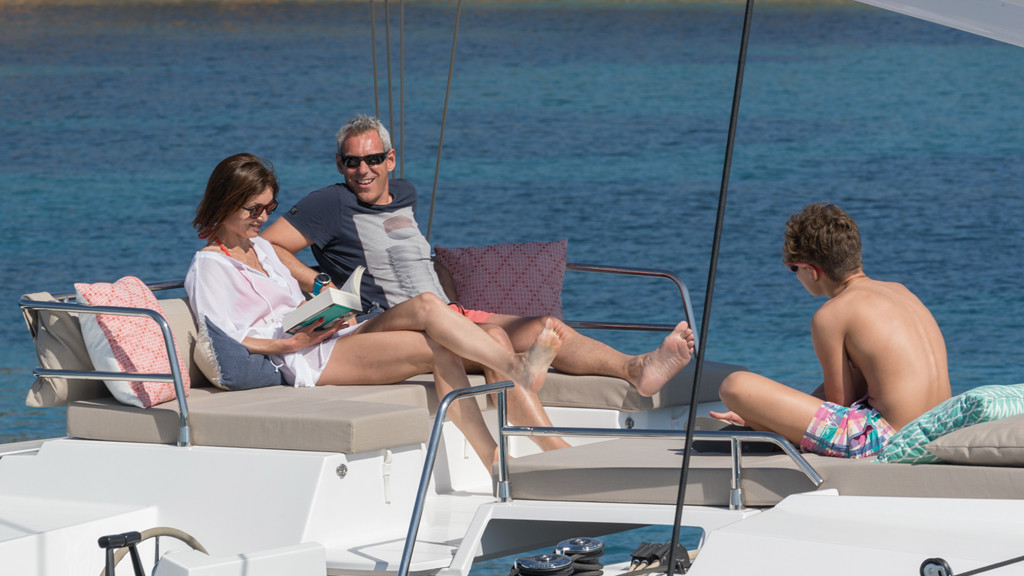 Even in good breezes, it's pleasant to stay up on the flybridge