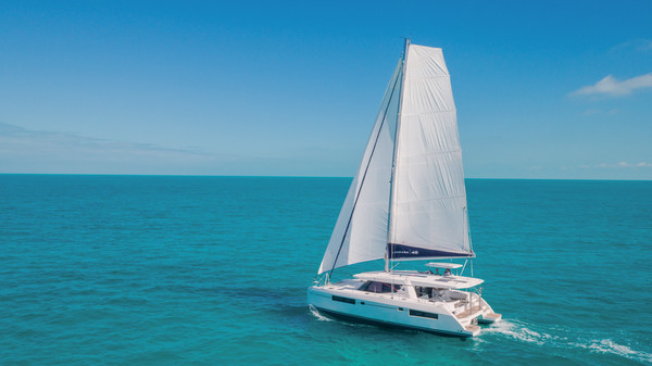 Boat Review by Multihulls World of: Catamaran Leopard 45