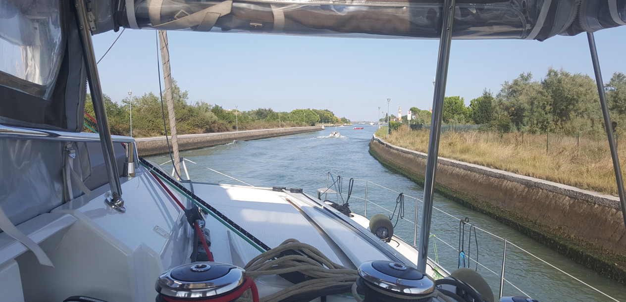 Navigating the narrow canals is not always easy.  And be careful with the tides…