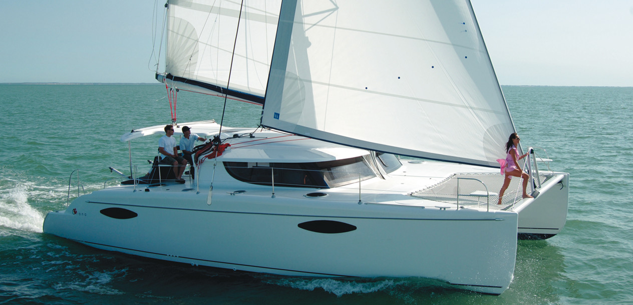 Nice proportions…and real potential under sail: what more could you ask of a cruising catamaran?