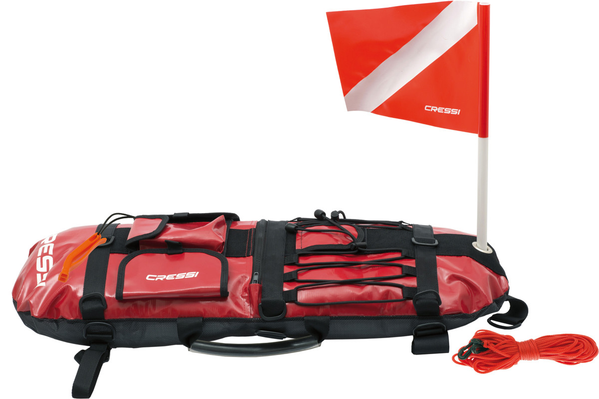 Even in these days of cellphones and ultra-connectivity, flags remain a simple and easily understood means of communication.  Here, I have a diver down…