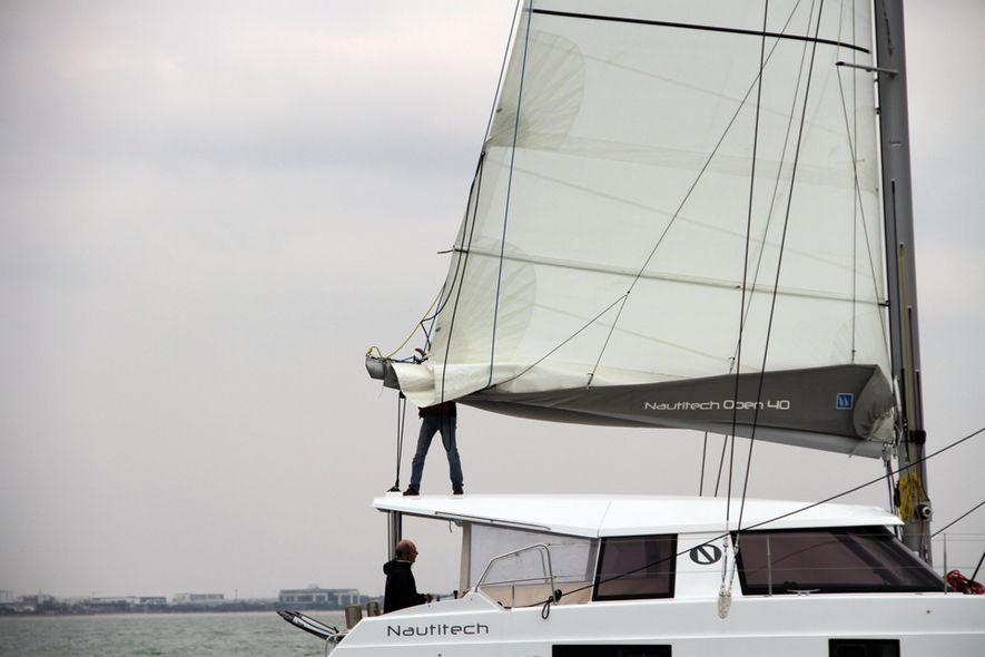 Catamarans Basics Sails