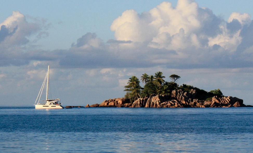 Charter Sheychelles