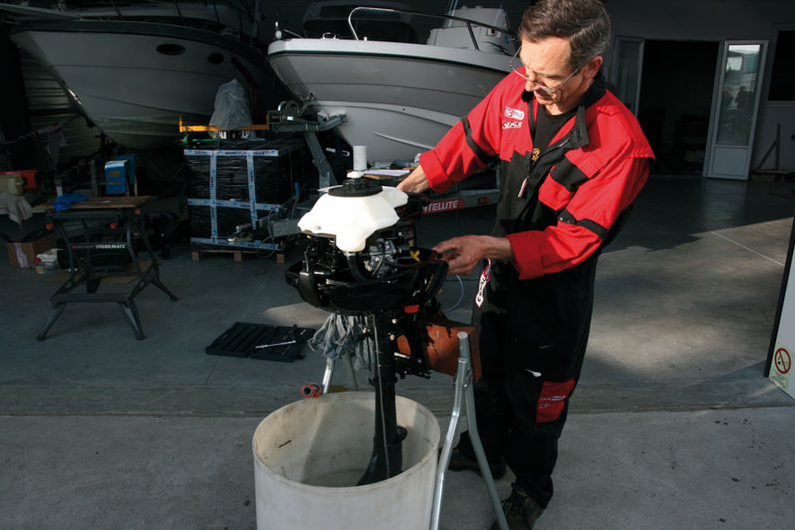 Maintaining your outboard motor step 1