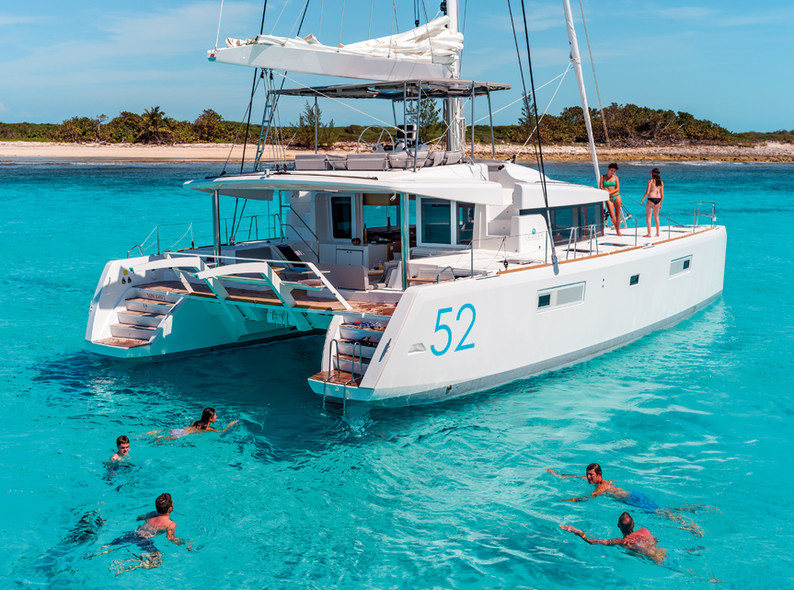 Catamaran charter : 10 rules for a successful holidays