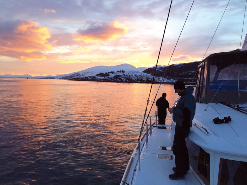 Catamaran cruising : Norway and its fjords