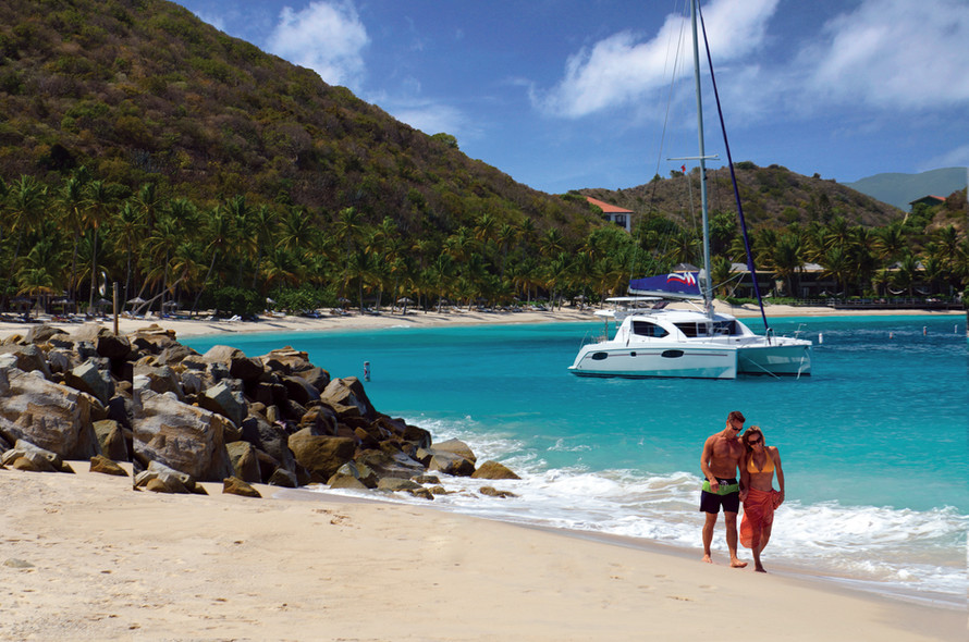 Dossier : Chartering a multihull