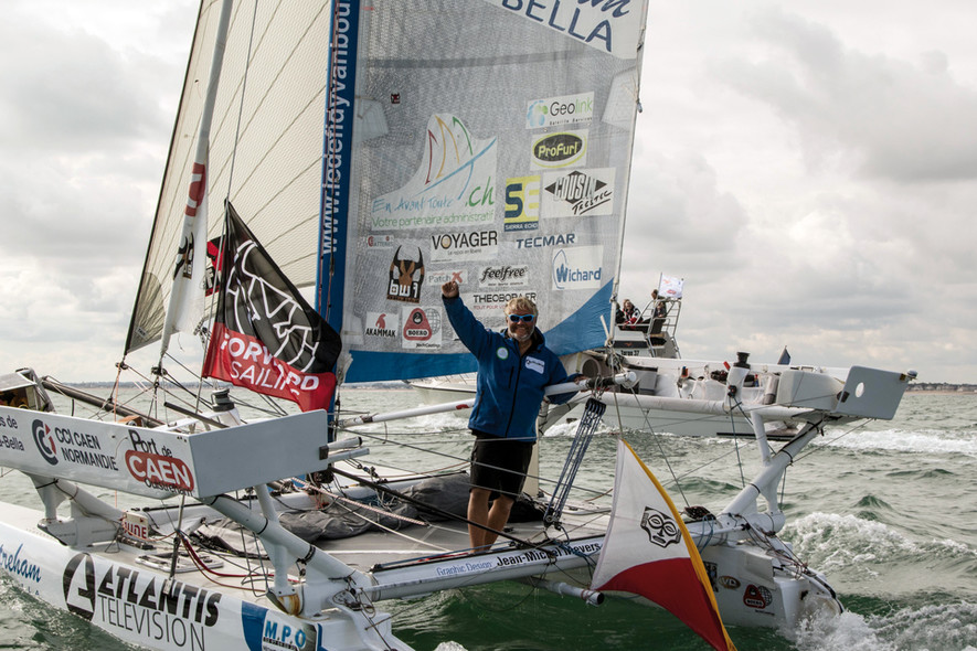 Yvan Bourgnon around the world in a sports catamaran