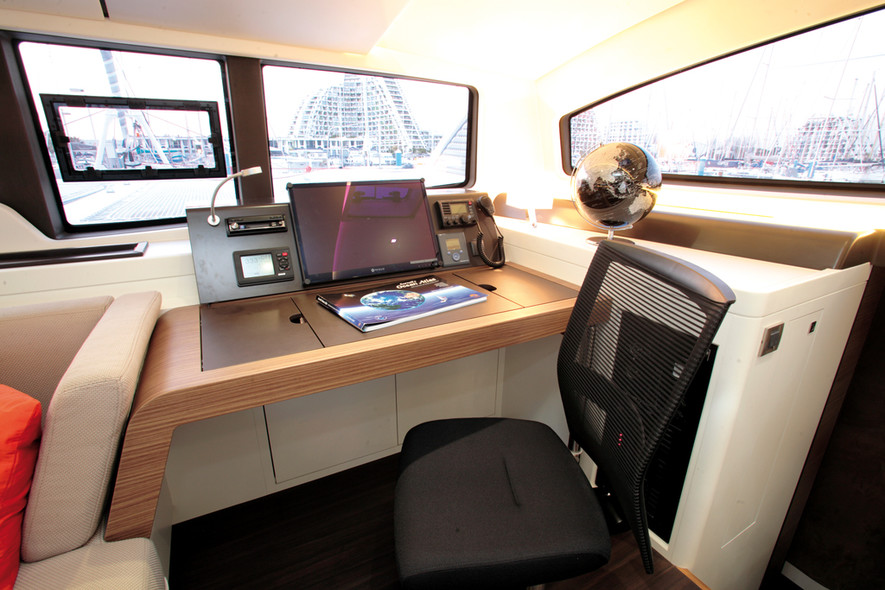 Test Outremer 5X
