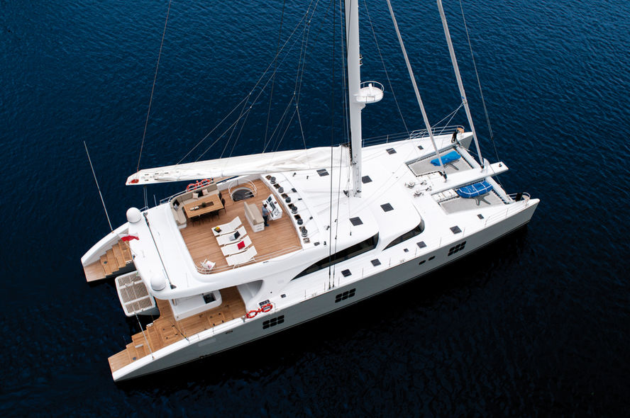 Yacht or multihull?