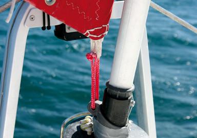 Catamaran basics : Make yourself a soft shackle