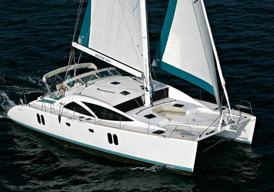 Catamaran, made by Discovery Yahcts