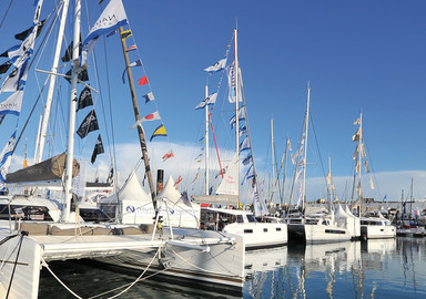 Nowadays, there are fewer occasions for using flags.  But it is still traditional to see them at boat shows.  Especially at France's… Grand Pavois!