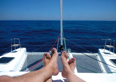 The basics of a successful charter : And what if this year, you went on a catamaran vacation?
