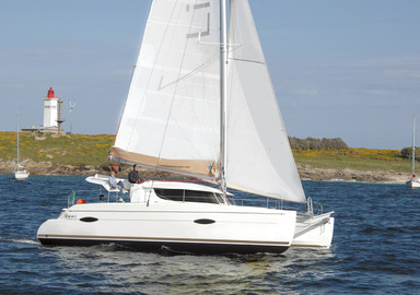 Video: sailing aboard the new Lipari 41 Evolution, the new catamaran from Fountaine Pajot