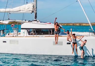 The 10 Biggest Mistakes When Purchasing a Used Catamaran and How to Avoid Them