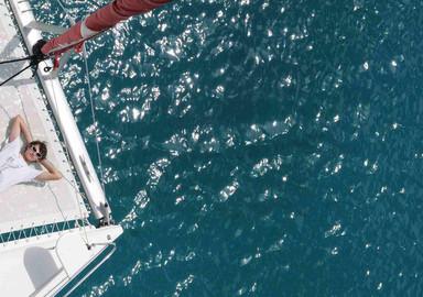 The first night sail on board a catamaran