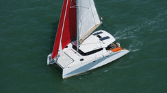 AVENTURA 33 Compact designer family catamaran