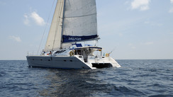 GETTING TO KNOW   the Knysna 480… in the Maldives!