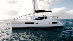 LEOPARD 48'  An innovative and balanced ocean cruising catamaran